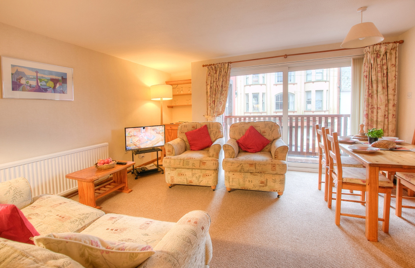 Pet friendly St Davids self catering apartment - lounge