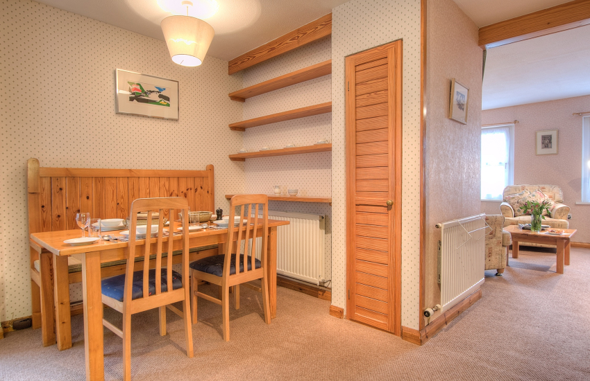 Self catering St Davids sleeps 2  - dining area