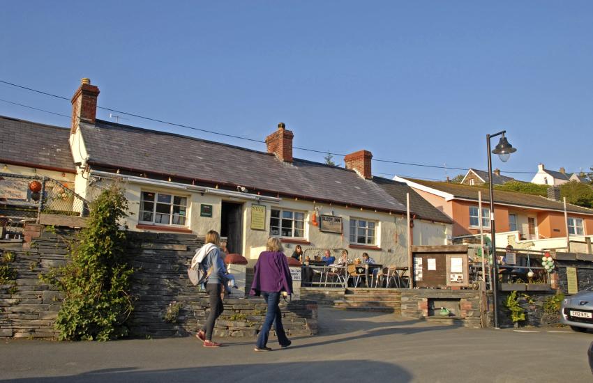 The Sloop Inn, Porthgain - very popular pub
