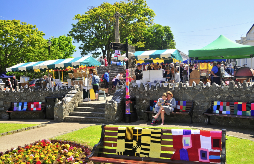 Cross Square, St Davids - weekly Farmers Markets