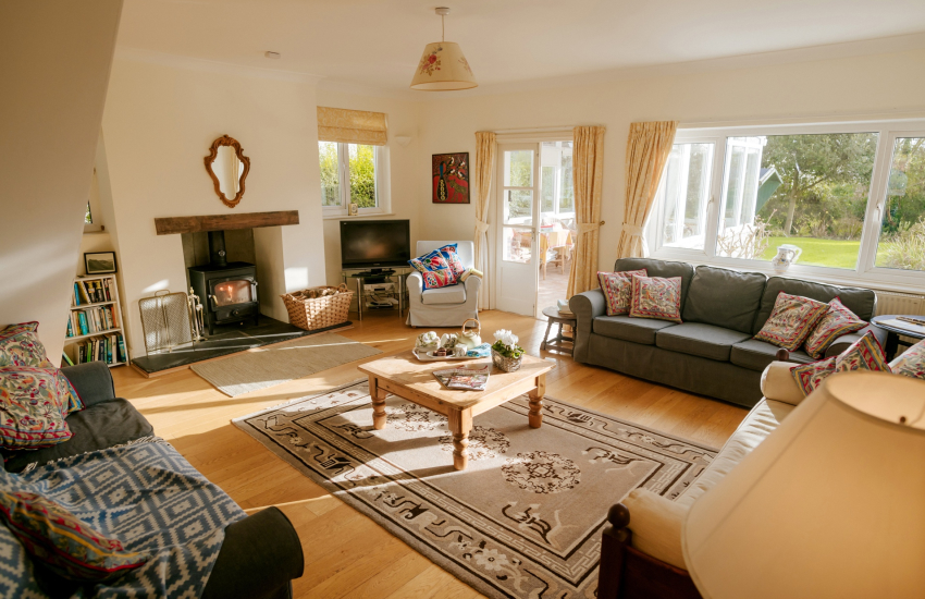 Gower Peninsula holiday cottage - lounge