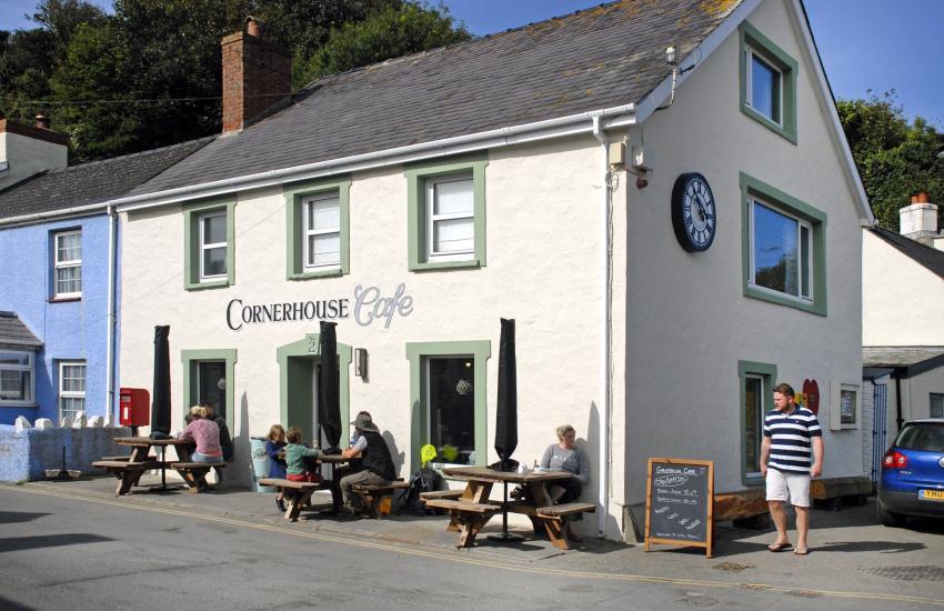 Cornerhouse Cafe, Little Haven for breakfast, coffee
