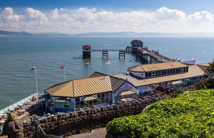Mumbles Seaside Village, Pier & Lighthouse