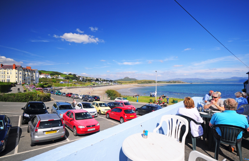 Criccieth long pebble beach and plenty of great eating places