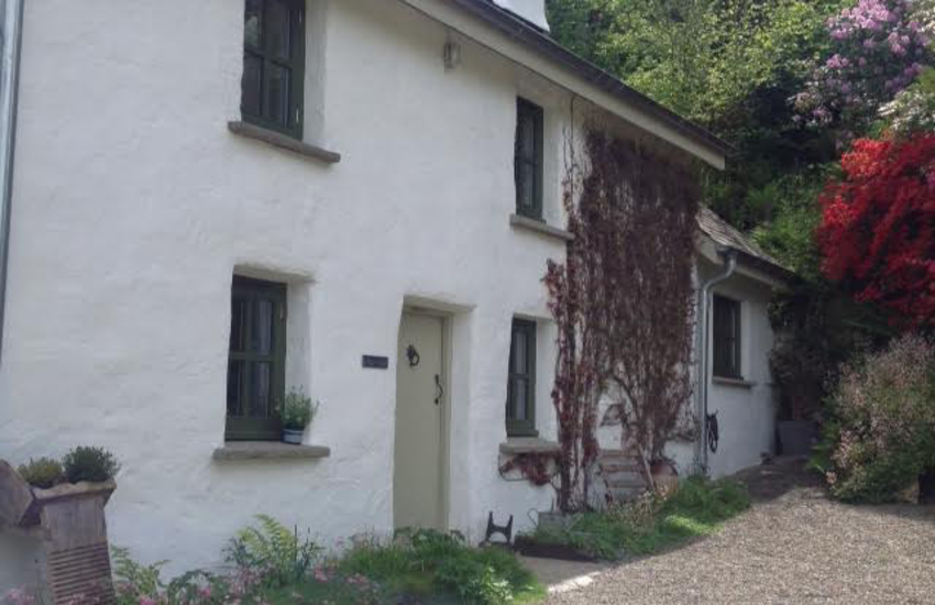 Rural holiday cottage Wales