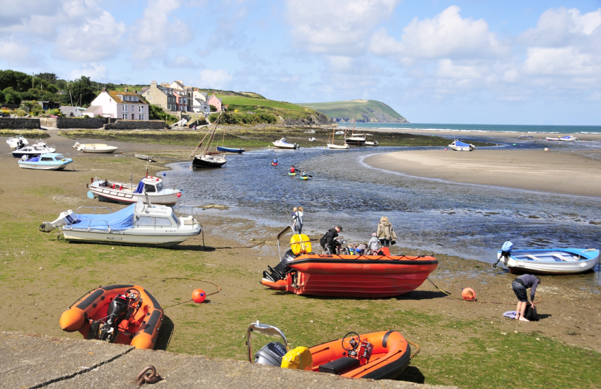 Newport Pembrokeshire is a picturesque seaside town