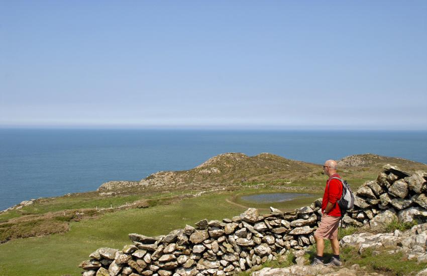 Pembrokeshire coastal path runs from Cwm yr Eglwys