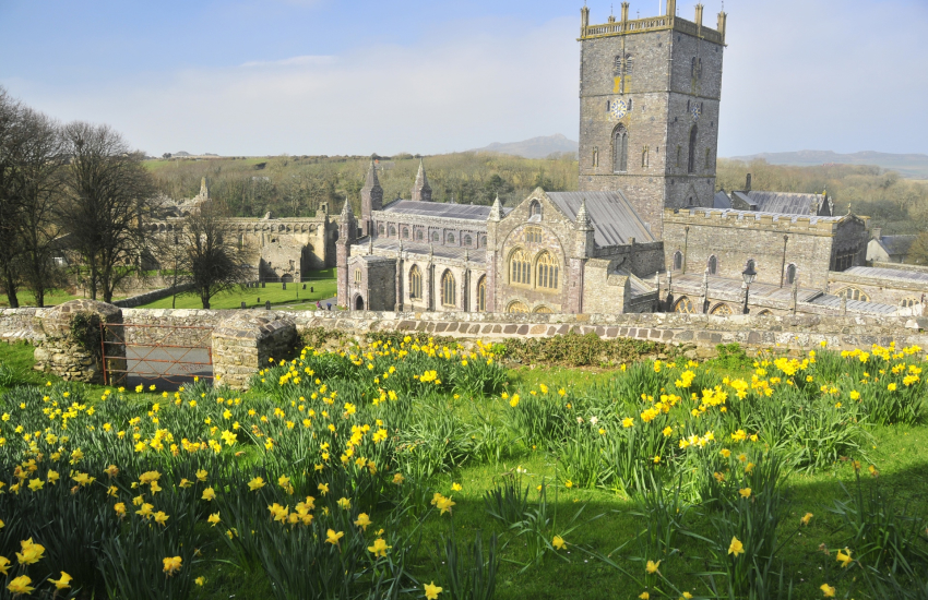 St Davids 12th century Cathedral and the ruined Bishops Palace