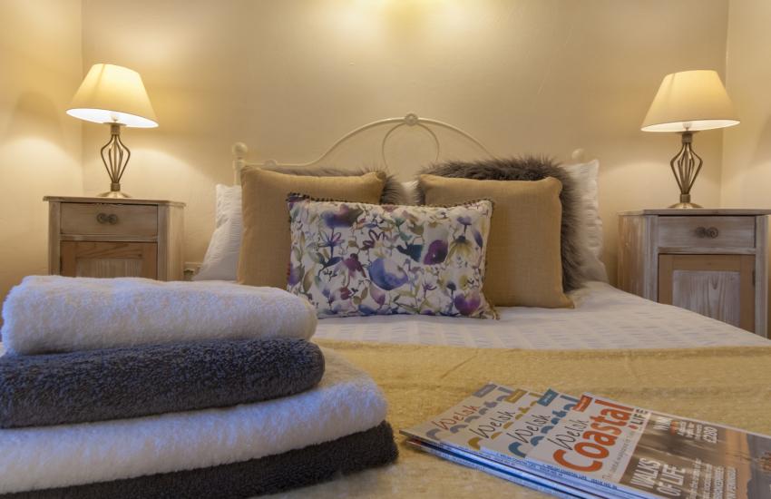 Cwm Tydu Beach - cosy holiday cottage