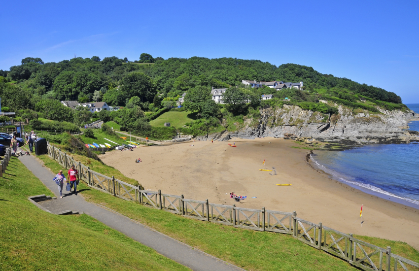 Aberporth - a pretty seaside village with two golden sandy beaches (Blue Flag)