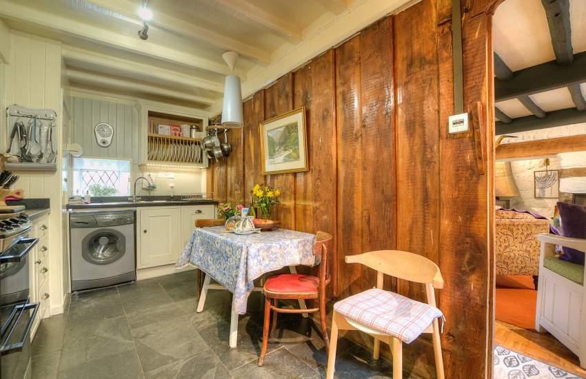 Luxury holiday cottage Wales  - kitchen
