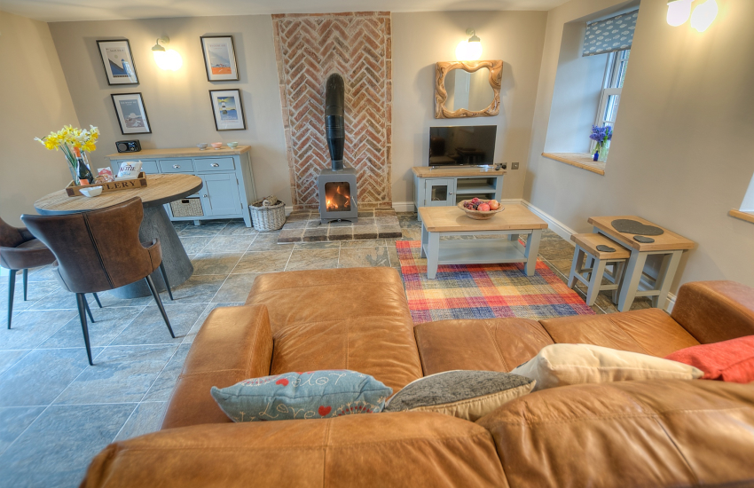 Anglesey holiday cottage for 2 - lounge