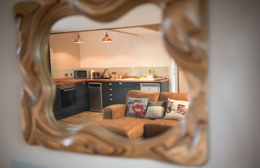 Anglesey holiday cottage for 2  - mirror