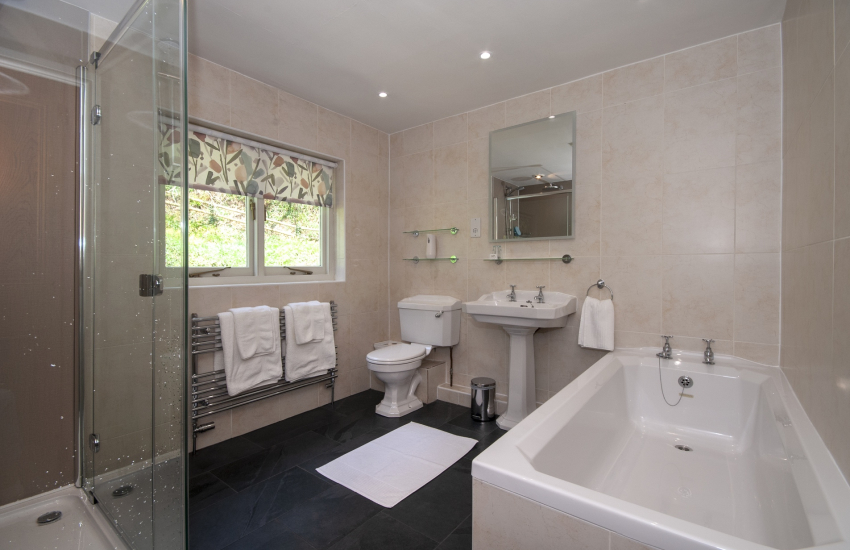Abermawr hoilday cottage - luxury bathroom with large walk in shower