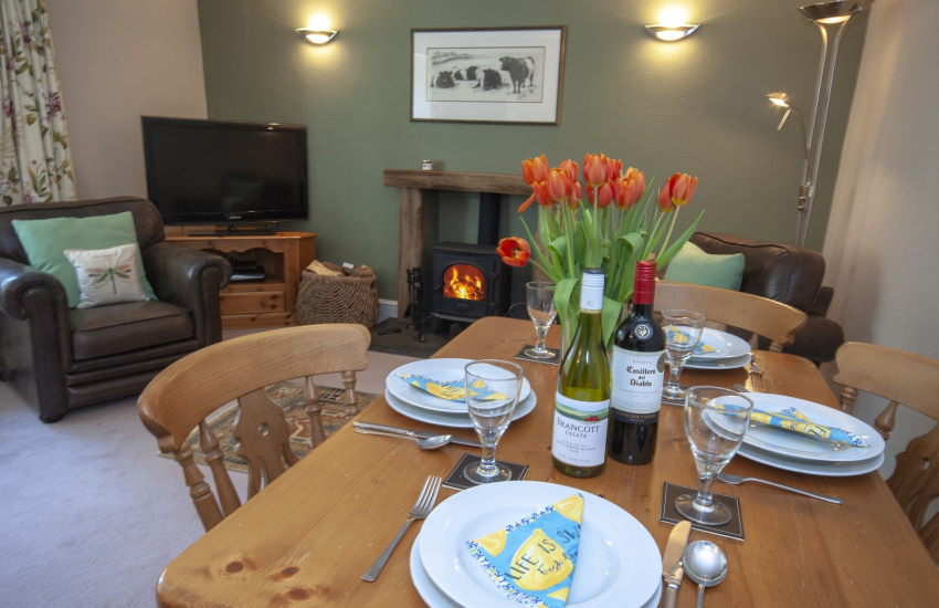 Abermawr, Aberbach secluded holiday cottage for 4 guests