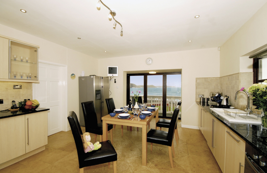 Freshwater Bay luxury holiday home - kitchen with sea views