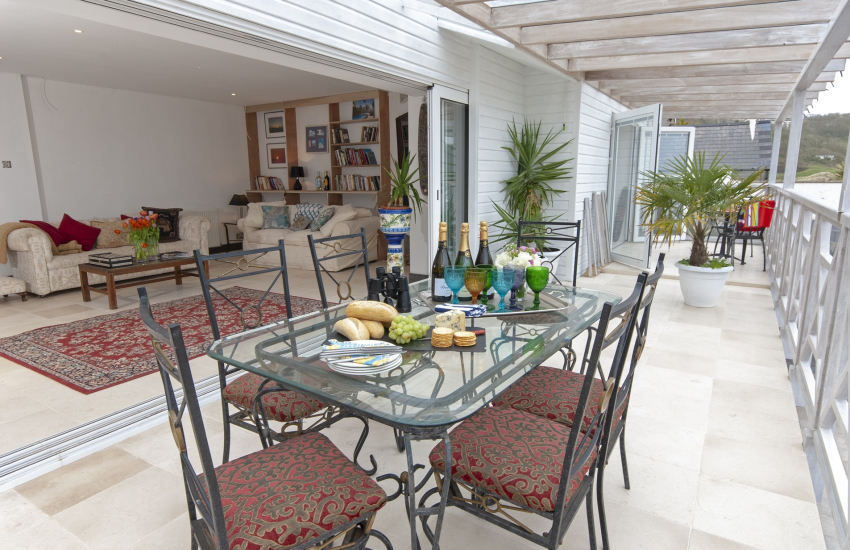 Pet friendly Freshwater Beach holiday home with glass fronted lounge and large verandah