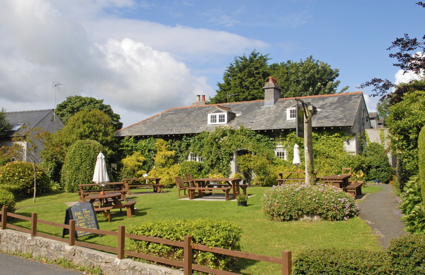 Stackpole Inn is an award winning pub
