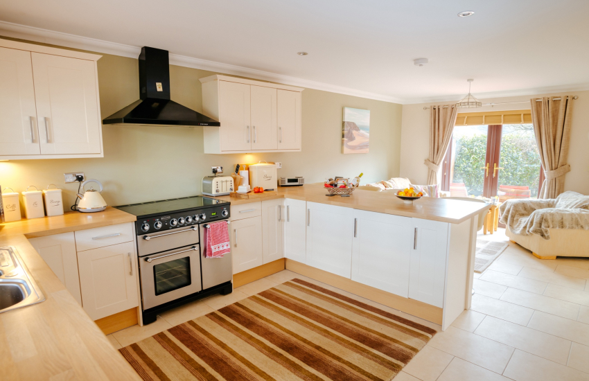 Holiday home nearby Afan Forest kitchen & lounge area