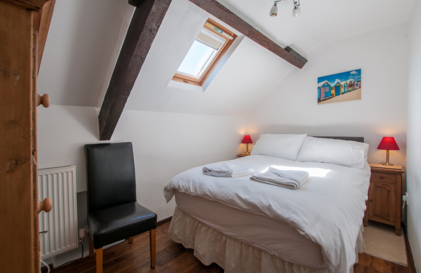 Aberdaron holiday house - double bedroom