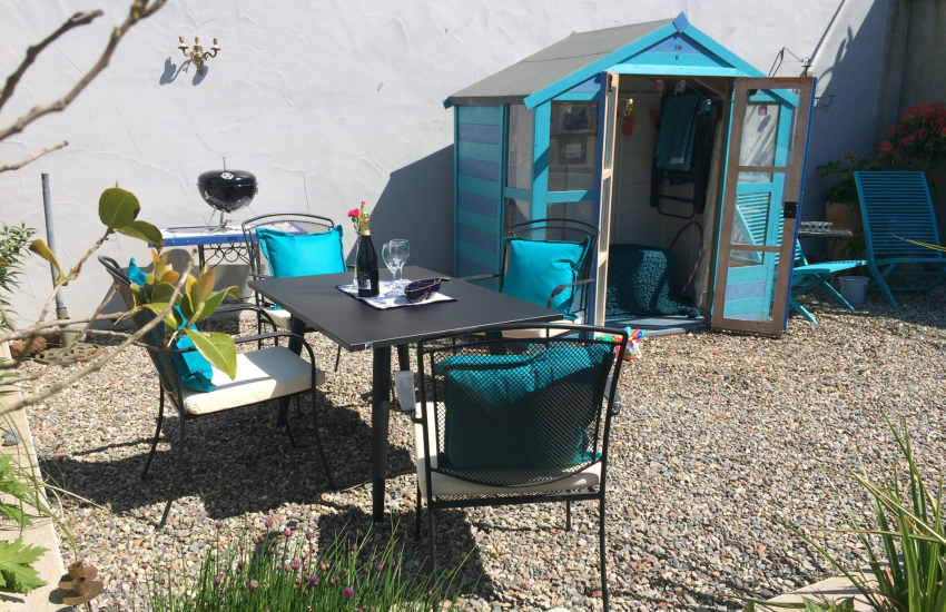 Morfa Nefyn holiday cottage Llyn Peninsula - garden