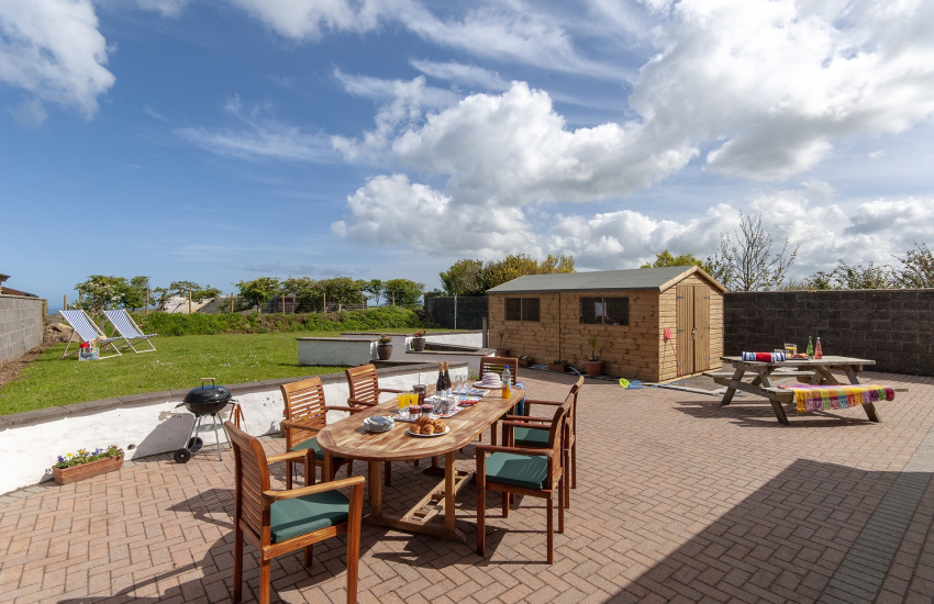 Holiday cottage near Porthgain - large patio with quality wooden table, chairs and picnic bench