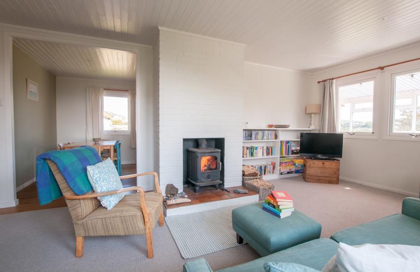 Pet free Llyn peninsula holiday cottage - lounge