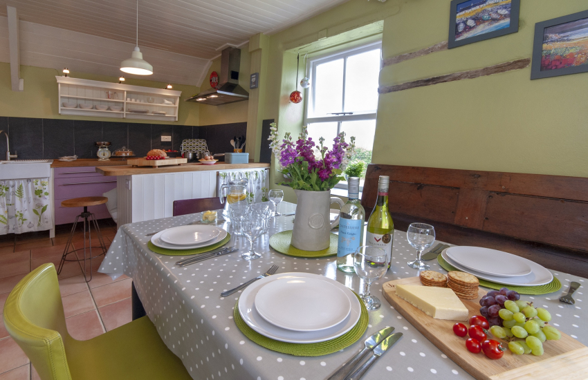 Pembrokeshire cosy holiday cottage - perfect for couples