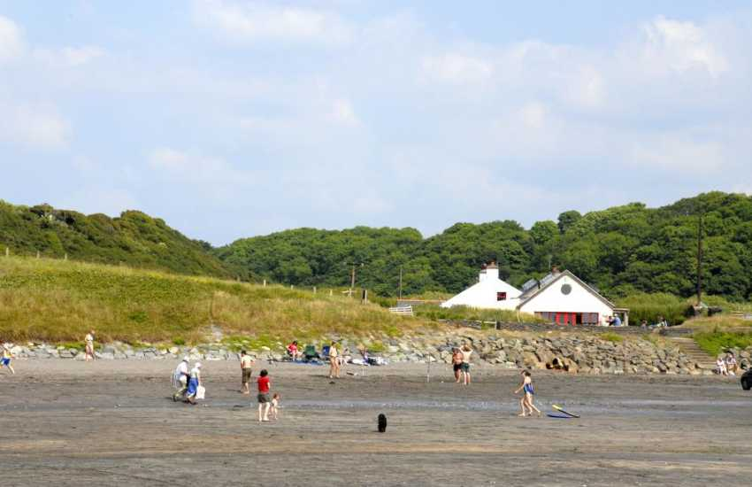 The Old Sailors restaurant is well known for its' fresh local fish and seafood. Situated at Pwllgwaelod to the west of Dinas Head