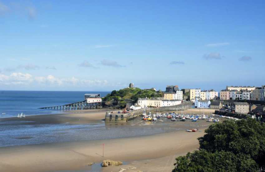 Tenby, a bustling Victorian seaside with picturesque harbour, boutiques, coffee shops, galleries, pubs, restaurants and 5 glorious sandy beaches to choose from