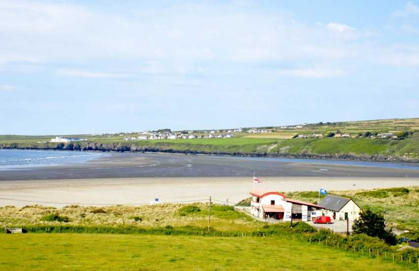 Luxury holiday cottage situated with views across the Teifi Estuary