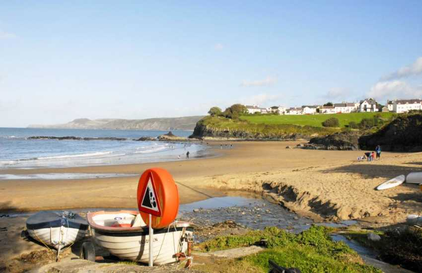 Aberporth's two golden sandy beaches (Blue Flag) are just a short stroll from the house