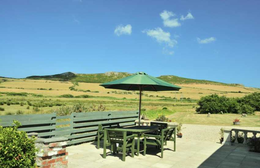 North Pembrokeshire holiday cottage - patio area with views towards Carn Llidi mountain