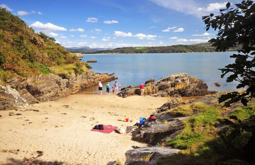 Borth y Gest coves, quiet and uncrowded. Just a ten minute drive from Criccieth