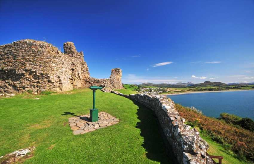 Criccieth  with its castle and sandy beaches is the pearl of the Welsh coastline