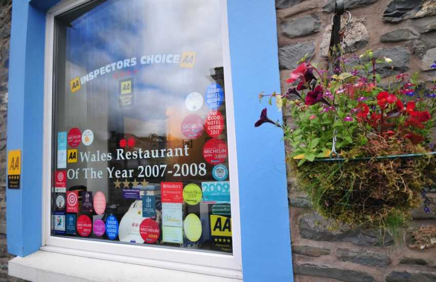 Choice of award winning restaurants in Llanwrtyd Wells