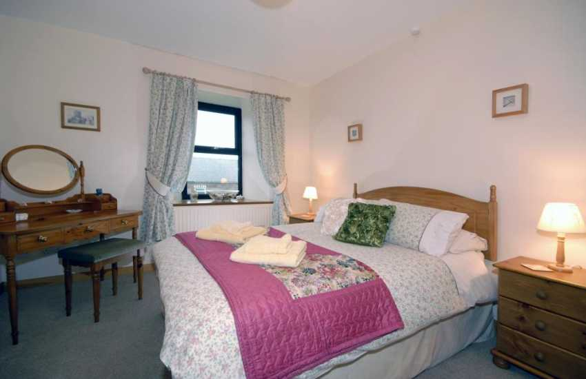 North Pembrokeshire coastal cottage - master bedroom