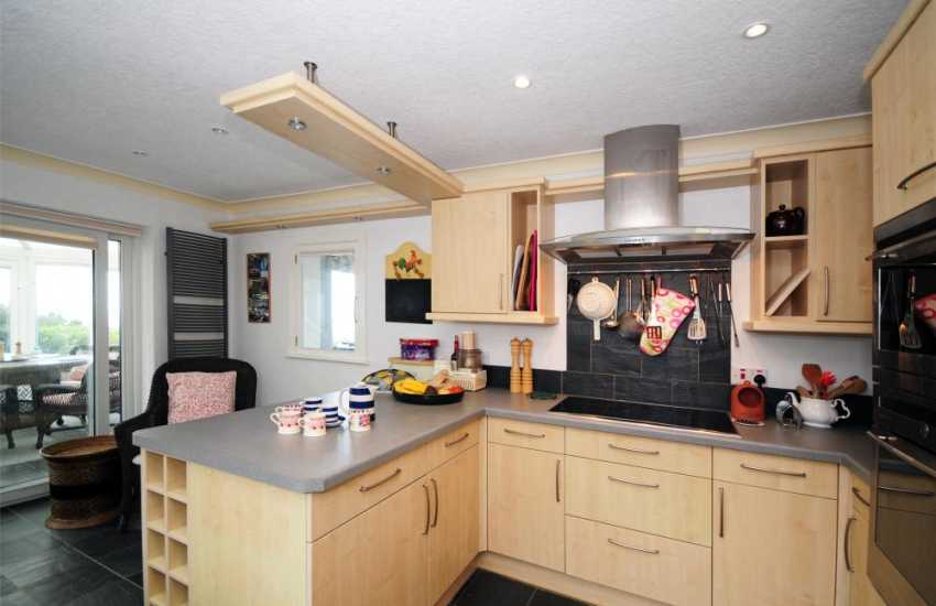 Welsh country cottages - kitchen