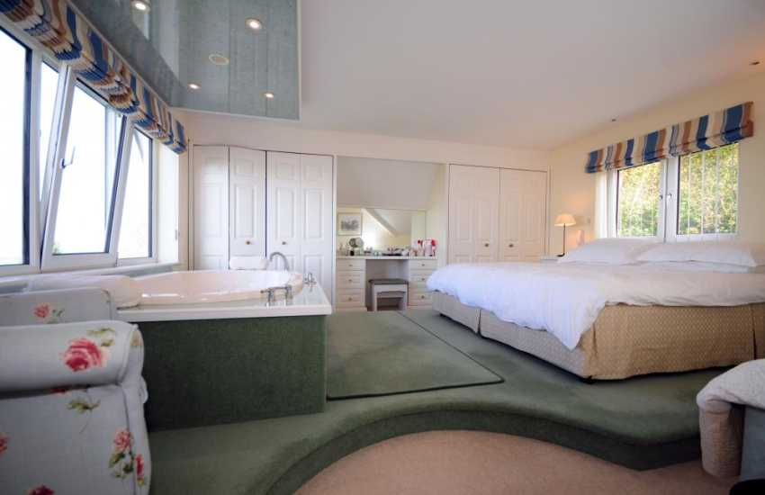 North Wales holiday cottage- master bedroom