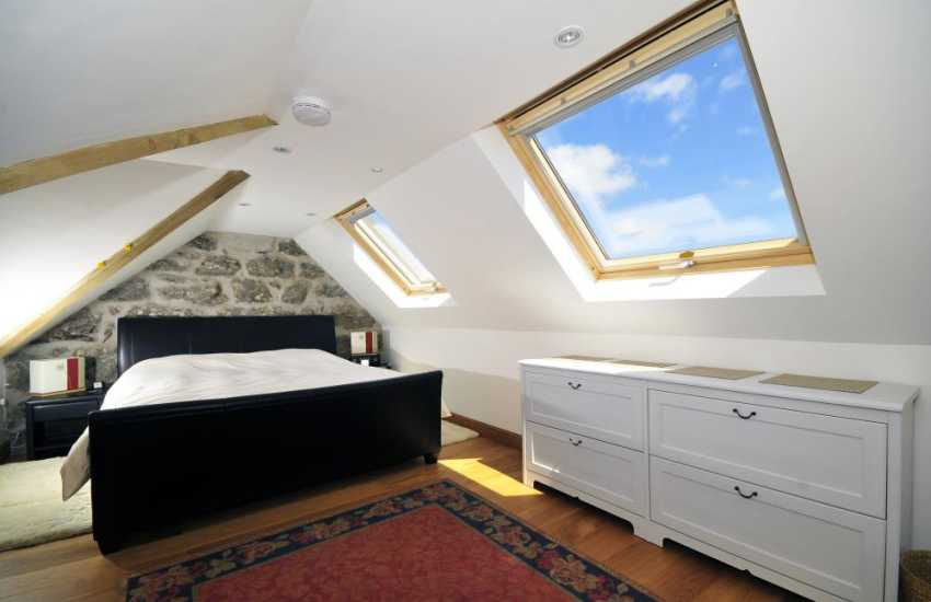 Super king bedroom with en-suite, with views of the bay