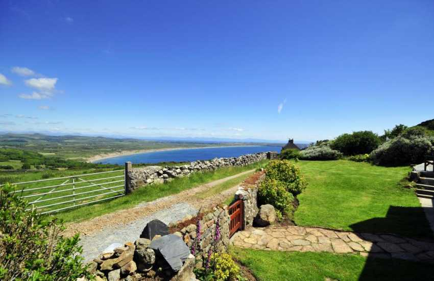 Panoramic views of Snowdonia from the garden at Awelon cottage