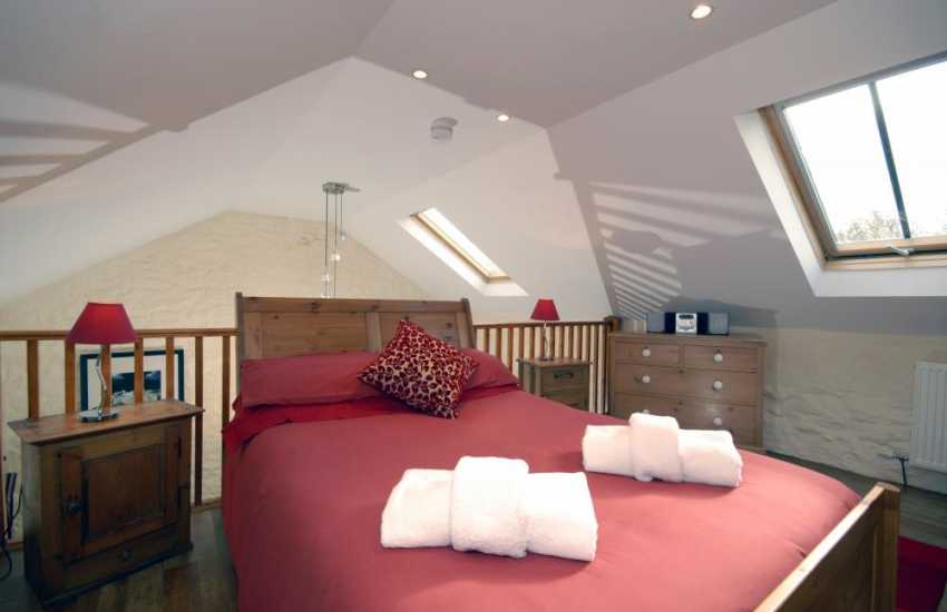 North Pembrokeshire holiday cottage for two - 'crog' loft galleried double bedroom