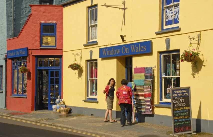 'Window on Wales' - an emporium of delights for all your holiday souvenirs!