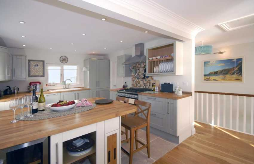 South Pembrokeshire self-catering riverside holiday home - spacious kitchen/diner