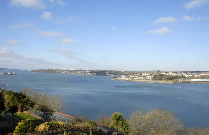 Enjoy stunning views across the ever changing Haven Waterway from almost every room in this spacious waterside home