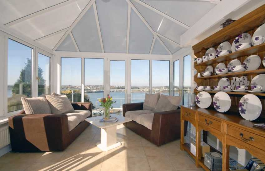 Holiday house near the South Pembrokeshire coast - conservatory with river views