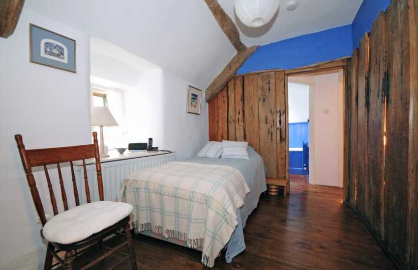 Nature reserve holiday cottage - bedroom