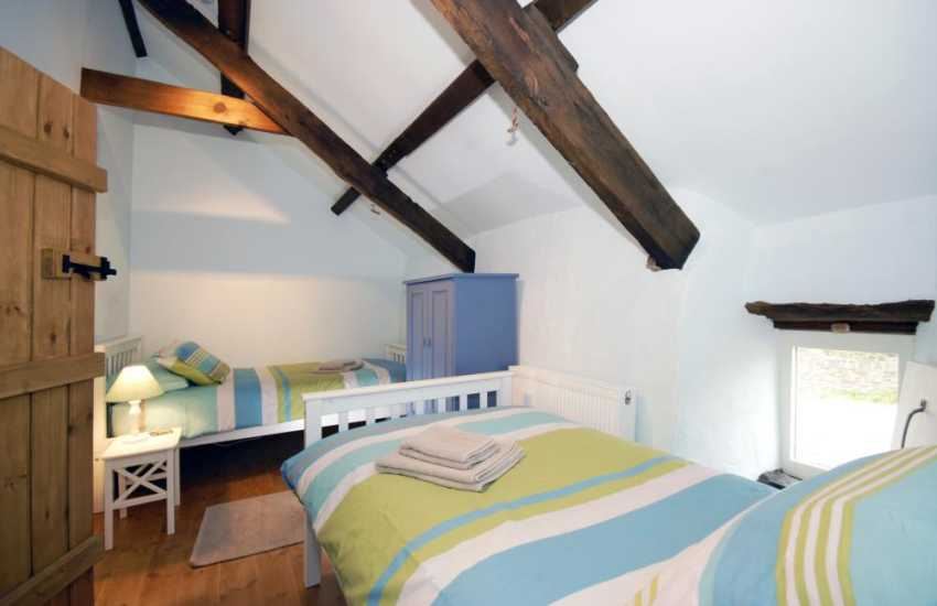 Mathry self catering cottage for 6 people - first floor twin