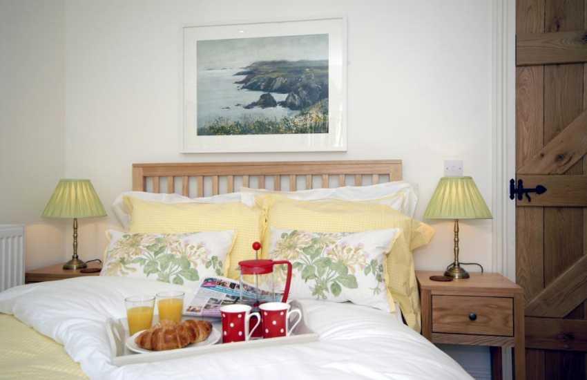 Breakfast in bed at 'Hafod'