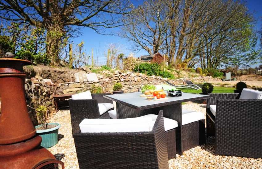 Abersoch self catering - patio